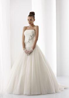 Collezione abiti da sposa #Jolies, abito da #sposa modello JOAB13282IV