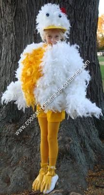 Homemade Chicken Halloween Costume: My daughter wanted to be a chicken for Halloween this year. Considering I do not sew, I put the entire homemade chicken Halloween costume together with
