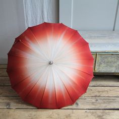 "Vintage Ombre Umbrella, the ""ombrella"" - am brainstorming how to make it..."