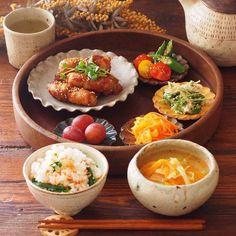 Japanese dinner Japanese Dinner, Japanese Food, Asian Recipes, Healthy Recipes, Cooking Recipes, Plate Lunch, Daily Meals, Food Menu, Food Presentation