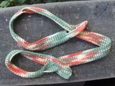 Double duty yoga strap | Knit To My Lou