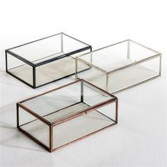 bo te vitrine misia forme trap ze bijoux et bronze. Black Bedroom Furniture Sets. Home Design Ideas