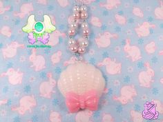 Fairy Kei Kawaii Seashell Necklace  White by rarasjewels on Etsy, $10.00