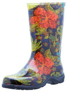 Rain boots <3