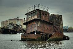 Ship Wreck by Bob Jagendorf, via Flickr