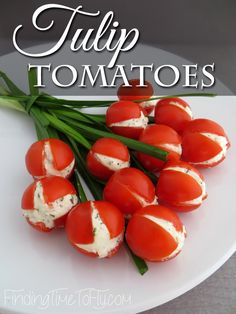 These Tulip Tomatoes would be a great addition to a spring. These Tulip Tomatoes would be a great addition to a spring luncheon brunch or a spectacular side dish for your Easter meal. Easter Recipes, New Recipes, Holiday Recipes, Favorite Recipes, Amazing Recipes, Potato Recipes, Vegetable Recipes, Cake Recipes, Deserts