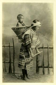 Igorot Mother & Child - Benguet, Philippines ca.1920