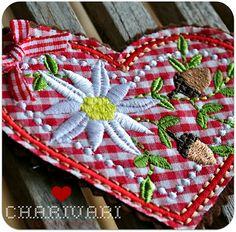 Machine embroidery: Charivari