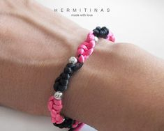Rat tail cord black and fuchsia bracelet with knots by Hermitinas