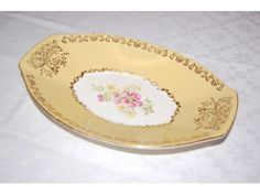 Gult bestemorfat fra Figgjo Decorative Plates, Retro, Tableware, Kitchen, Home Decor, Dinnerware, Cooking, Decoration Home, Room Decor
