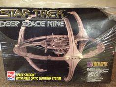 Star Trek Deep Space Nine Space Station Model Kit With Fiber Optic Lighting