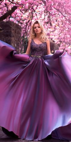 "FCM Magazine "" Haute Couture The ultimate New Year's Eve Dress"" from - pretty Cute Prom Dresses, Elegant Dresses, Pretty Dresses, Purple Gowns, Purple Wedding Dresses, Fantasy Gowns, Mode Chic, Purple Fashion, The Dress"