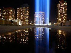 Homenagem iluminou os céus de Nova York 11 anos depois dos ataques da Al Qaeda