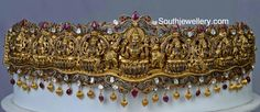 Vaddanam latest jewelry designs - Page 14 of 47 - Indian Jewellery Designs South Indian Bridal Jewellery, Indian Wedding Jewelry, Bridal Jewelry, Antique Jewellery Designs, Indian Jewellery Design, Jewelry Design, 1 Gram Gold Jewellery, Gold Jewelry, Pearl Jewelry