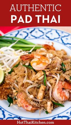 This is pad thai at its best. This recipe is the most authentic, unadulterated version, just like the best pad thai in Thailand. recipes authentic My BEST Authentic Pad Thai Recipe Asian Recipes, Mexican Food Recipes, Dinner Recipes, Healthy Recipes, Healthy Food, Pad Thai Recipes, Noodle Recipes, Seafood Recipes, Cooking Recipes