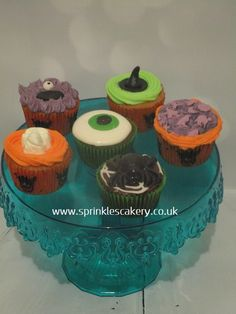 Mixed selection of seasonal Halloween cupcakes finished with buttercream, marshmallow, fondant, handmade candy skulls and spiders. Various flavours, available in boxes of 4, 6 or 12 contact via email or www.sprinklescakery.co.uk to order.