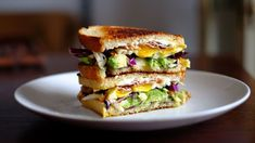 - Avocado-Speck-Sandwich mit Ei – Avocado-Speck-Sandwich mit Ei – – Avocado-S - Super Healthy Recipes, Healthy Foods To Eat, Diet Recipes, Healthy Snacks, Egg Sandwiches, Delicious Sandwiches, Breakfast Sandwich Recipes, Eat Breakfast, Grilled Cheese Recipes