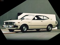 Toyota Corolla Hardtop Coupe photos x Toyota Cars, Toyota Hilux, Toyota Corolla, Corolla Dx, Royce Car, Japanese Domestic Market, Best Muscle Cars, Best Classic Cars, Japanese Cars