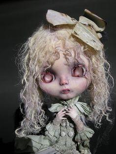 """Lucile, Victorian ghost"""" Blythe Custom OOAK réalisée par Julien Martinez Pièce unique"""