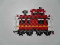 Train wagon 3 Hama Beads Design, Hama Beads Patterns, Beading Patterns, Christmas Perler Beads, Peler Beads, Pixel Pattern, Iron Beads, Beaded Ornaments, Plastic Canvas Patterns