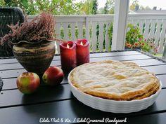 Edels Mat & Vin: Eplepai med butterdeig - uten tilsatt sukker ! Apple Pie, Camembert Cheese, A Food, Desserts, Pai, Pineapple, Tailgate Desserts, Deserts, Postres