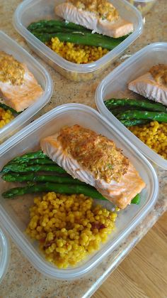Do you eat this well at home Do you eat this good at home? You could with the Weekly Meal Prep service from Friend that Cooks Home Chef Service. This is a broiled crab stuffed salmon with real saffron Israeli cous cous and steamed asparagus. Lunch Meal Prep, Healthy Meal Prep, Healthy Snacks, Healthy Eating, Diet Recipes, Cooking Recipes, Healthy Recipes, Meal Prep Services, Eat This