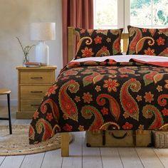 Greenland Home Fashions Midnight Paisley Quilt Set (King - 3 Piece), Black Duvet, Pillow Shams, Pillows, Paisley Quilt, Paisley Pattern, Urban Outfitters, Shabby, Mattress Brands, Queen Quilt