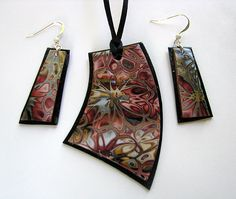 Hidden Flowers - This tutorial will show you how to make multicolored stamped polymer clay jewelry with no difficulty. Knowledge of making Skinner Blend is a plus, though it will be briefly explained