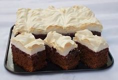 Negresa cu gem si bezea Sweets Recipes, Cooking Recipes, Yams, Sweet Cakes, Biscotti, Cheesecake, Easy Meals, Food And Drink, Healthy