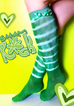 Wearing green on St. Pat's Day would be fun with these tie-dyed socks using rubberbands and rit dye.