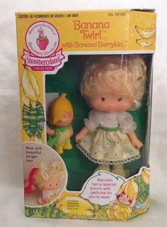 Vintage Strawberry Shortcake Banana Twirl Berrykin & Critter in Box