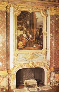 Chimneypiece sall in the Salon d'Hercule at Versailles, 1730. Book: French Interiors of the 18th century by John Whitehouse.