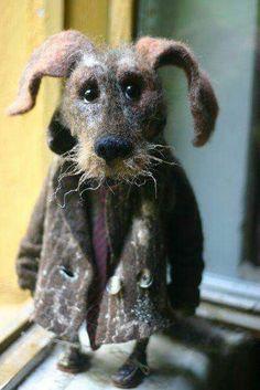 Felt dog wearing a coat Needle Felted Animals, Felt Animals, Wet Felting, Needle Felting, Felt Dogs, Felting Tutorials, Soft Sculpture, Felt Art, Handmade Toys