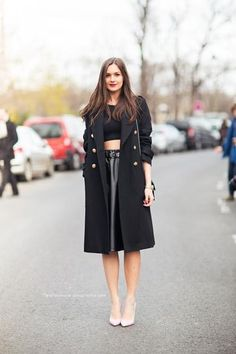 30 ways to style a black coat - crop top + leather midi skirt with nude pointed-toe heels