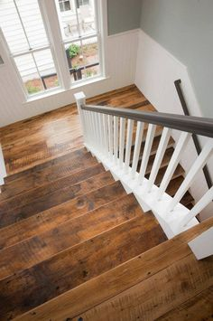 House of Turquoise: Shoreline Construction and Development (hardwood color) Stairs going up House Of Turquoise, Turquoise Room, Reclaimed Wood Floors, Wood Flooring, Concrete Floors, Rustic Hardwood Floors, Heart Pine Flooring, Hardwood Stairs, Plywood Floors