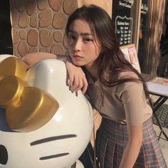 Ulzzang Korean Girl, Cute Korean Girl, Ulzzang Couple, Cute Asian Girls, Pretty Girls, Cute Girls, Uzzlang Girl, Pretty Asian, How To Pose