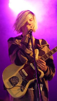 Emily from Warpaint