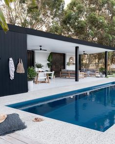 Small Pool Houses, Modern Pool House, Pool House Decor, Small Backyard Pools, Backyard Pool Landscaping, Backyard Pool Designs, Modern Pools, Modern Backyard, Swimming Pools Backyard