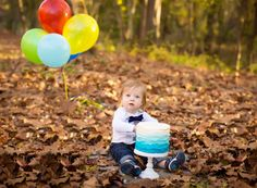Smash cake photo session. Kim Flores Photography at Patapsco State Park.