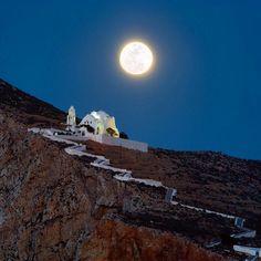 Perfect full moon Summer night in Folegandros island (Φολέγανδρος) . Magical moment .