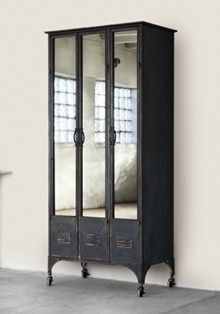 Antique school lockers via vignette design. Love this, have been looking for some lockers but never thought to put mirrors on the front (This would be great for the front entry way) Vintage Industrial Furniture, Industrial Chic, Industrial Lockers, Industrial Design, Industrial Living, Antique Furniture, Diy Furniture, Furniture Design, Furniture Movers