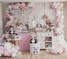 Panda Birthday Party, Panda Party, 3rd Birthday Parties, Baby Birthday, Panda Bear Cake, Festa Hot Wheels, Safari Party, Childrens Party, Birthday Decorations