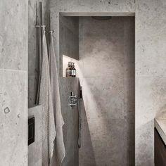 Den omåttligt populära Norrvange med inspiration från gotländsk kalksten finns nu också i färgerna grå och ljusgrå. Arch Interior, Bathroom Interior Design, Modern Interior Design, Interior Design Living Room, Bathroom Floor Tiles, Bathroom Wall, Wall Tiles, Beddinge, Grey Baths