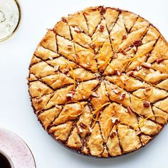 Pecan-Orange Baklava Pie - work intensive, but can make ahead Honey Recipes, Pie Recipes, Dessert Recipes, Cooking Recipes, Phyllo Recipes, Pastry Recipes, Sweet Recipes, Delicious Desserts, Recipies