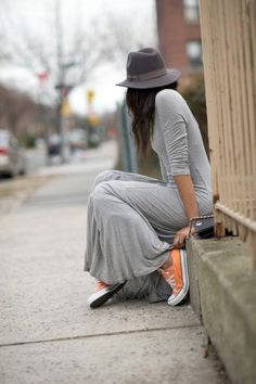 Classic Cool Converse with a maxi dress and fedora. love this outfit. so simple and looks very comfortable.