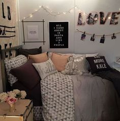 These chic items are perfect for your dorm room. #BedroomIdeas