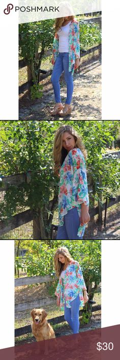 Floral Kimono 🌸🌺✨ So beautiful and light. Great for spring and summer. Short slit on the sides. Can be seen in the photos. This is a medium and I wear a small but still fits me nice. 100% Polyester. Tops