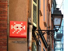 Space Invader TL_04 (Artiste : #Invader)_Toulouse (Haute-Garonne, France)_Rue Boulbonne_2016-10-21. © Hélène Ricaud (LNR)