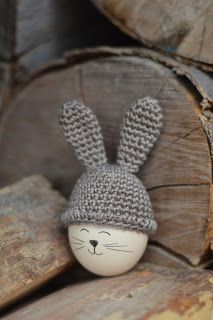 bandorka: Zaid - project nine and a half :) Baby Easter Basket, Easter Baskets, Hoppy Easter, Easter Eggs, Diy Osterschmuck, Easter Crochet Patterns, Diy Easter Decorations, Diy Ostern, Egg Decorating