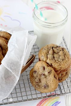 ambrosia: Thick and Chewy Chocolate Chip Cookies